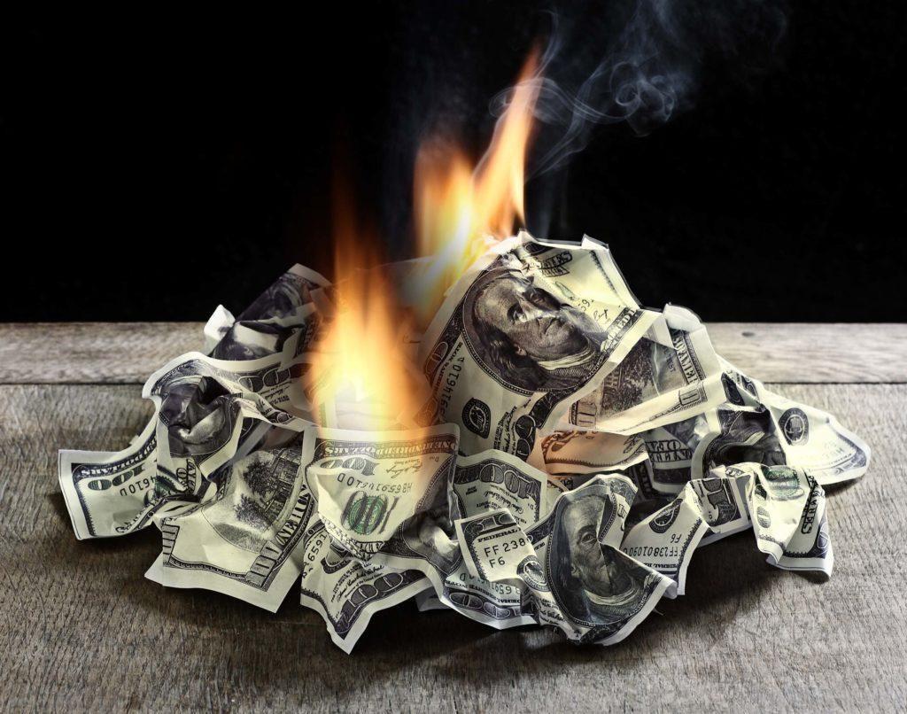 Fai attenzione a questi comportamenti: stai rischiando di perdere tanti soldi